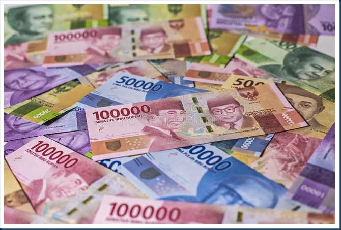 new-indonesia-rupiah-money-bank-note-look-magnifer-92276820